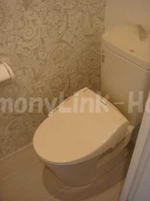 ORACLE SHIN-OKUBOのトイレです