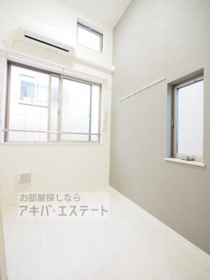 【居間・リビング】ハーモニーテラス日ノ出町Ⅳ