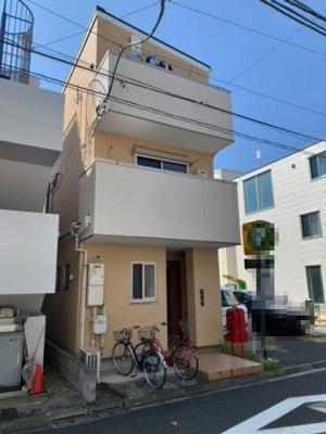 早稲田駅徒歩7分・全3戸の賃貸戸建(2021.9.24撮影)。
