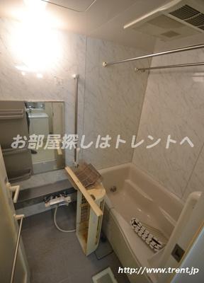 【浴室】プレールドゥーク新宿御苑