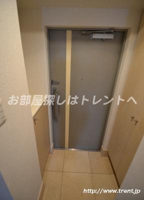 【玄関】プレールドゥーク新宿御苑