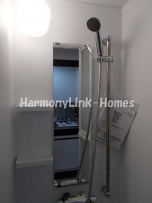 ハーモニーテラス泉町Ⅳのコンパクトで使いやすいシャワールームです(1階部屋参考写真)☆