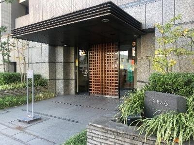 東京メトロ日比谷線「入谷」駅より徒歩1分の駅チカ生活。
