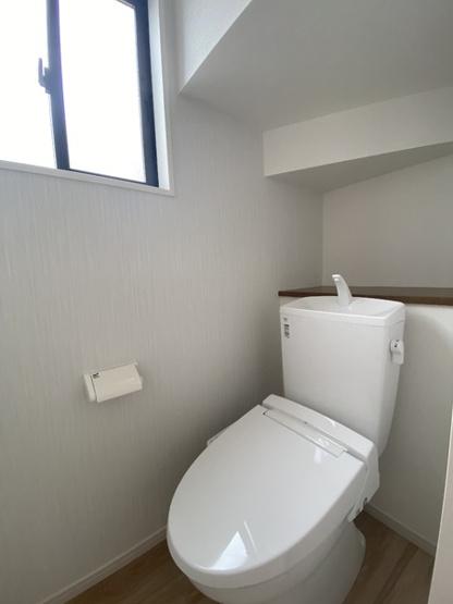 【トイレ】守谷市立沢2期 2号棟 2階にフリースペース付き