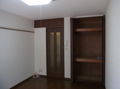 【寝室】リバーストーンプラザ