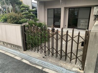 駐車場の入り口です。