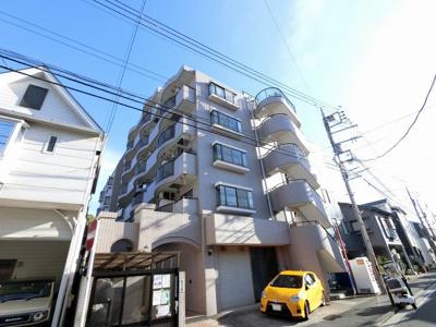 横浜市営地下鉄ブルーライン「吉野町」駅・「阪東橋」駅徒歩11分と好立地。 通勤時間の短縮でご家族と過ごす時間を増やす事が出来ます。
