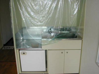 【キッチン】阪神不動産販売ビル