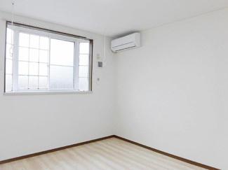 【居間・リビング】秋田市桜3丁目一棟アパート