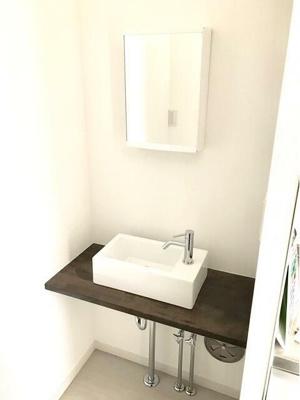 ラプティメゾン  独立洗面台