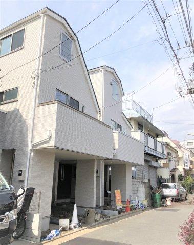 【外観】堂々完成 LDK20帖の新築戸建