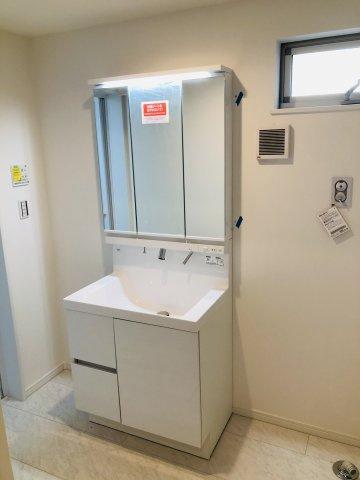 【独立洗面台】堂々完成 LDK20帖の新築戸建