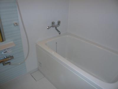 【浴室】ヴィラ中町