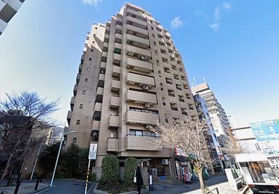 都営三田線「西巣鴨」駅より徒歩約1分。3駅3路線を利用可能な立地です。