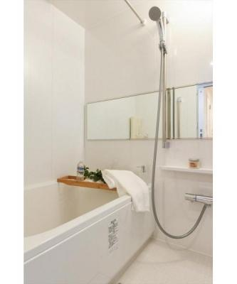 追焚機能・浴室乾燥機能付ユニットバス新規交換済。