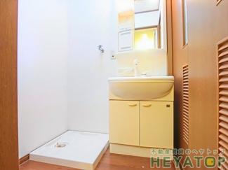 お部屋の中でお洗濯ができる室内洗濯機置き場