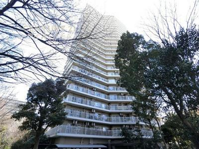 サンシティG棟、25階建ての13階部分のご紹介です。