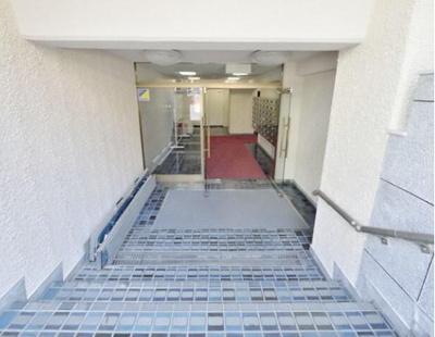 エレベーター付きのため、上り下りが楽ですね。