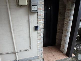 【玄関】ウィスタリアハイツ