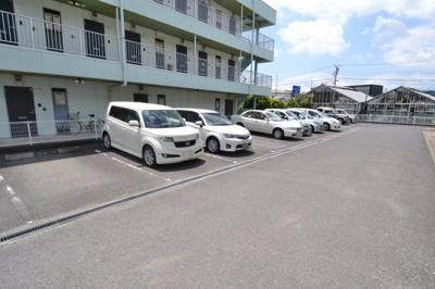 【駐車場】シャトーアユカワ