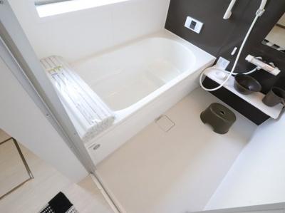 お風呂です 吉川新築ナビで検索