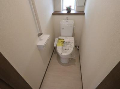 ゆったりとした空間のトイレです 吉川新築ナビで検索