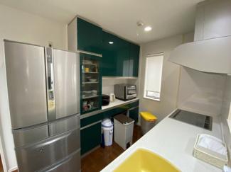 収納スペースの多いキッチン
