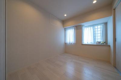 洋室はすべてフローリング仕様となっており、お掃除がしやすいですね。