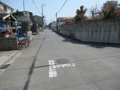 【前面道路含む現地写真】堺市北区東雲東町 中古戸建
