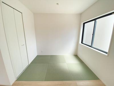 静かな住宅地に新築戸建3棟誕生です。新生活応援に選べる10種類よりプレゼント企画対象物件です!是非お早めにお問い合わせください!