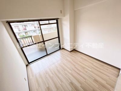 リフォーム前状態です。各部屋綺麗にリフォームまたは清掃されます。