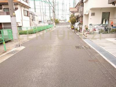 【前面道路含む現地写真】茨木市新堂3丁目 新築戸建