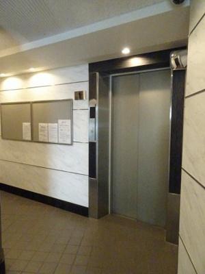 エレベーターもございますので、重いお荷物をお持ちの際などにも心強いですね。