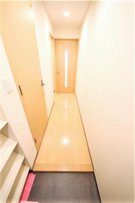 【玄関】ビクトワーレ