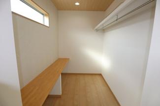 カウンターも付いており、書斎スペースとしても利用できます。