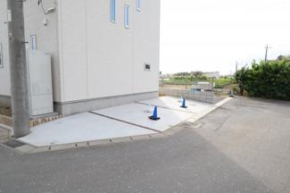 もう1台のスペースもありますので、3台駐車可能!
