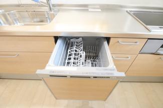 食洗器が付いており洗い物も簡単!