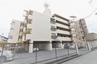 【塚口アーバンライフ】地上6階建 総戸数29戸 ご紹介のお部屋は2階部分の角部屋です♪
