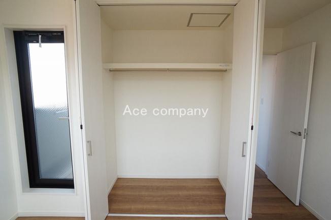 【3階:洋室6.5帖】クローゼット完備です♪