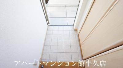 【玄関】サンセールアダチ