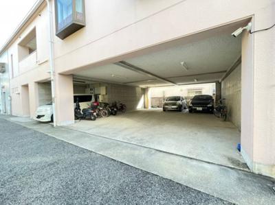 【駐車場】セントヒルズ歌敷山