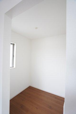 寝室のフリースペースです。