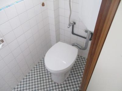 【トイレ】玉城貸家