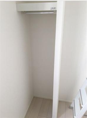 階段下収納☆