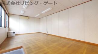 綺麗な室内で事務所等にいかがですか