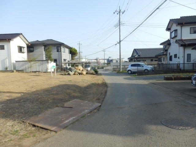 【前面道路含む現地写真】中原町土地