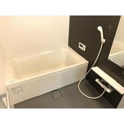 【浴室】パーク・ノヴァ清水