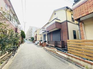 千葉市美浜区幸町 中古一戸建て 千葉みなと駅 閑静な住宅がにある一軒家になります。