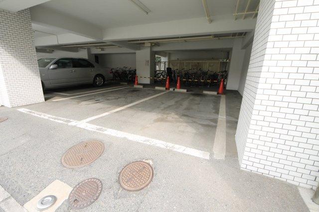 【駐車場】レジオン浄水