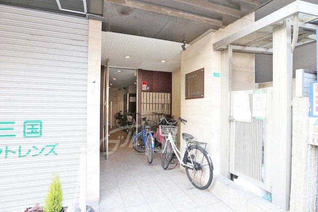 【エントランス】キャメルコート東三国